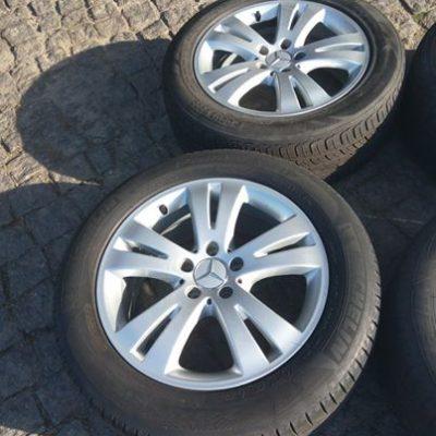 Jantes originais Mercedes 17 + pneus